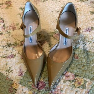 Brand new Manolo's size 6